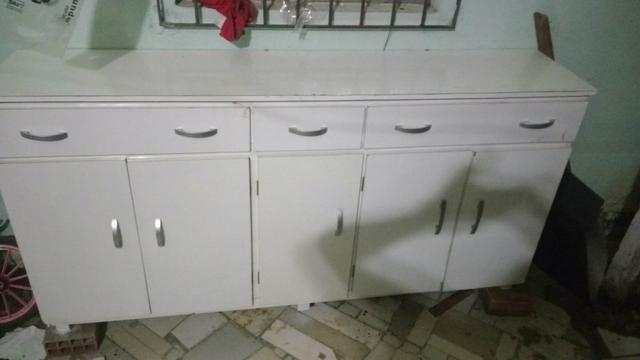 Lindo armário de madeira para sua casa ou comércio