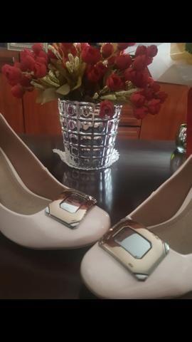 Sapatos escarpam lindos