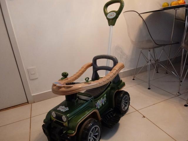 Carrinho Jip Militar R$ 200,00