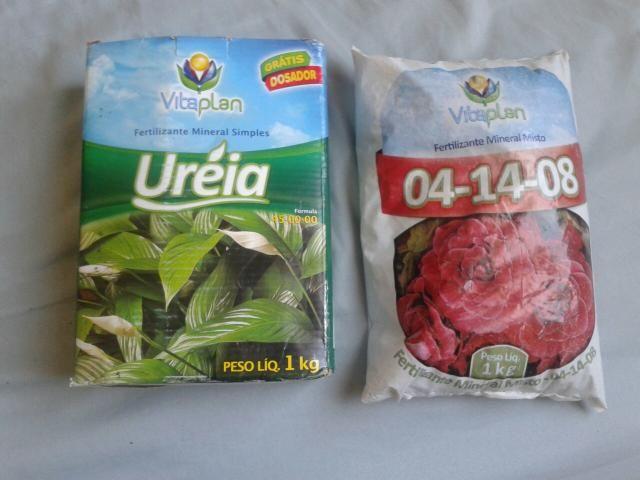 Ureia e fertilizante mineral