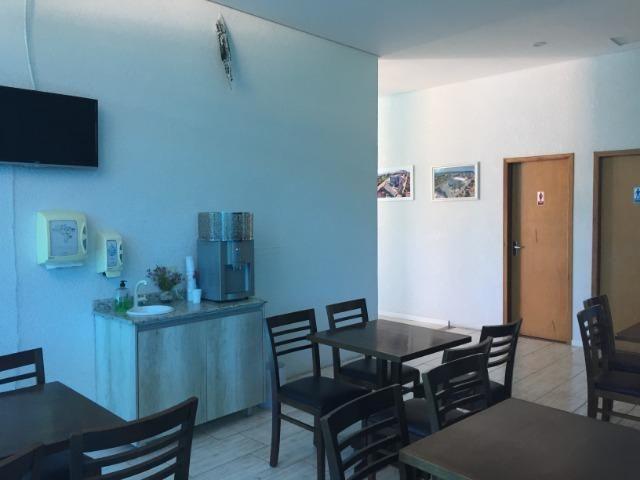 Hotel em funcionamento localizado de frente para rodovia á 80 m da praia de Ubatuba - Foto 6