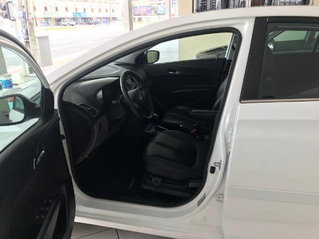 Hyundai Hb20S Premium 1.6 2014 Automático - Foto 9