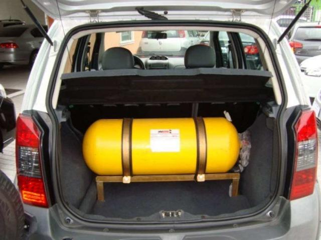 Fiat Idea 1.8 MPI Adventure Locker 4P 2010 - Foto 8