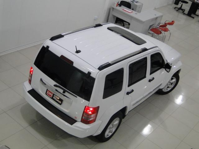 Jeep Cherokee Limited 3.7 4x4 V6 12V Aut - Foto 11