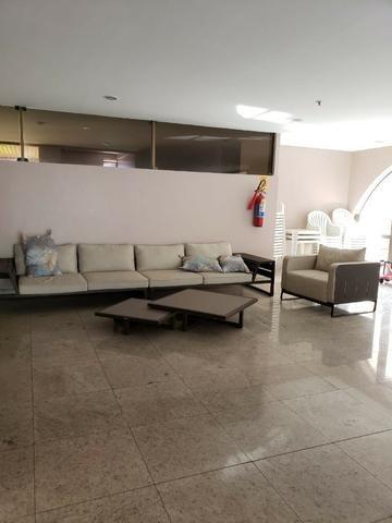 V-E-N-D-O - Bairro Calhau - 302 m2 - 4 Suites - Foto 9