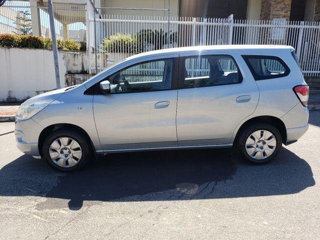 Chevrolet Spin 1.8 LT 5 Lugares vendo troco e financio R$  - Foto 7