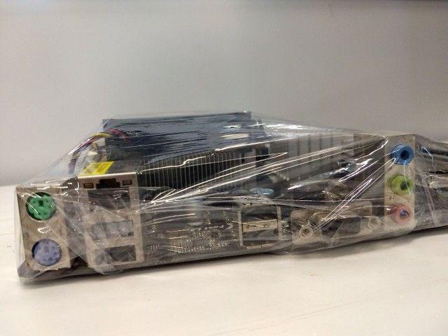 Placa Mãe Asrock 960GM-VGS3 + Processador Phenom X4 - Foto 5