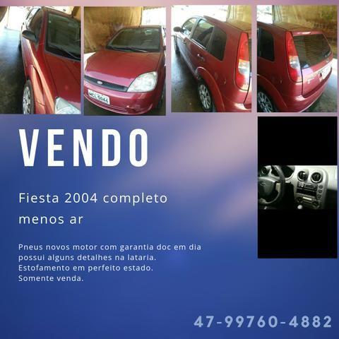 Vendo Fiesta Hatch 2004