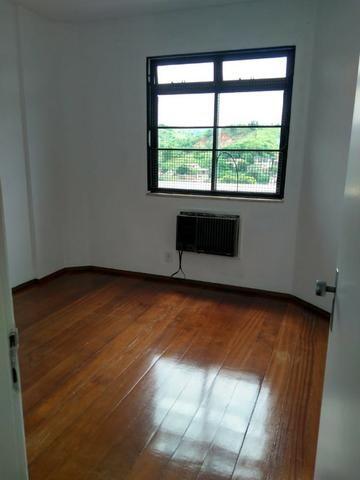 Belo apartamento ao lado da Faculdade de Medicina Suprema - Três Rios - RJ - Foto 3