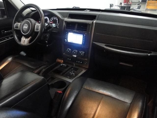 Jeep Cherokee Limited 3.7 4x4 V6 12V Aut - Foto 8