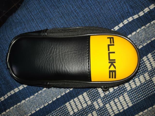 Vendo Alicate Amperimetro Fluke modelo 302 - Foto 3