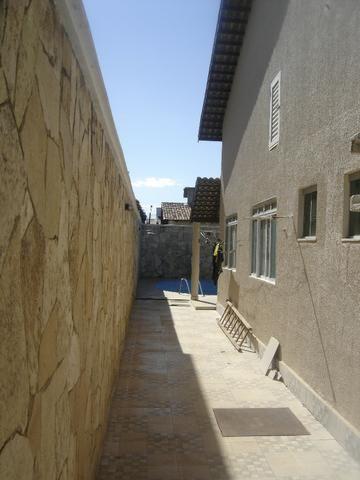 Casa Atlântico 4/4 sendo uma suíte ,Piscina com Cascata ,Sauna ,Churrasqueira - Foto 6