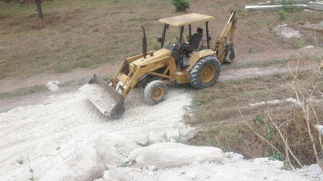 Retrô escavadeira maxiom 750  - Foto 4