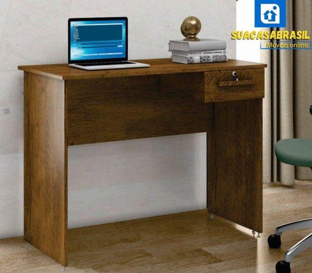 Mesa de escritório com chave Amanda (NOVO NA CAIXA) - Foto 3