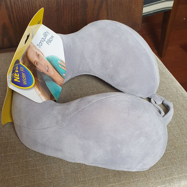 Travesseiro Ergonômico De Pescoço Nasa Travel Blue - Foto 4