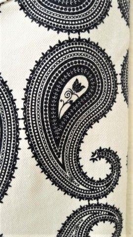 Calça Skinny Estampada P&B  em elastano e sarja de algodão - Marca: Canal  - Foto 5