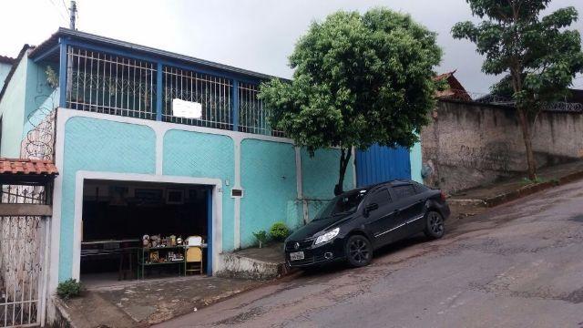 """Casa de 3 quartos 6 vagas em """"Venda Nov@"""" quase esquina com AV Vilarinho oportunidade"""