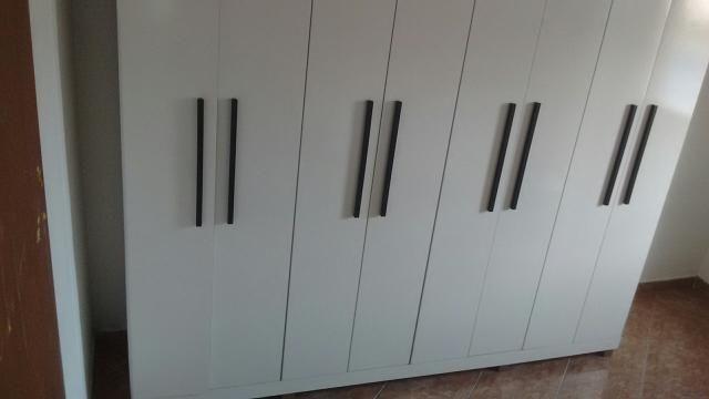 Vendo guarda roupa bari 8 portas 4 g.v.t. 850,00 reais