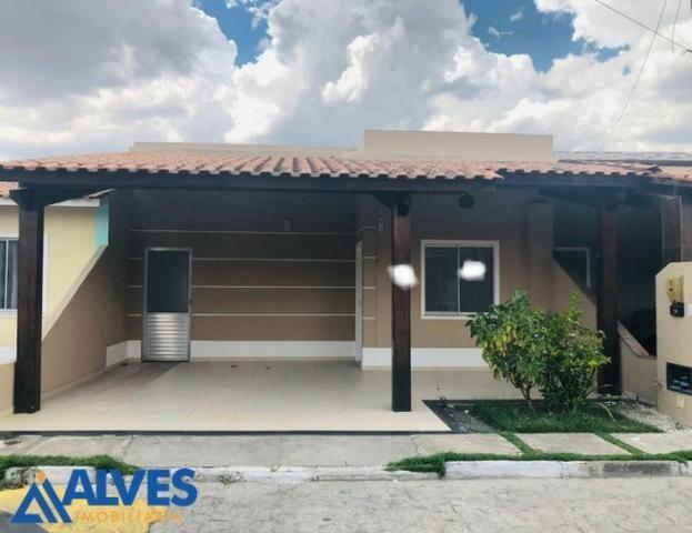 Casa de 2/4 em condomínio club na avenida Fraga Maia