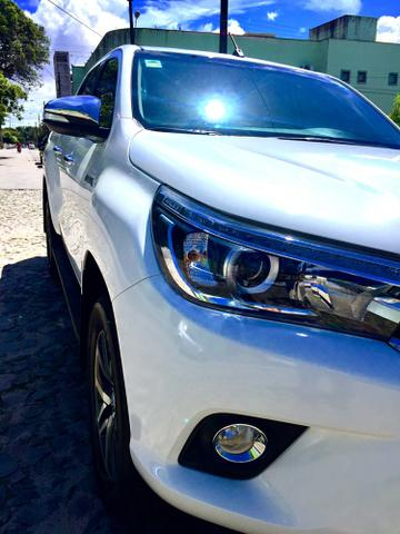 Toyota Hilux SRX 2017 único dono diesel IMPECÁVEL!!! - Foto 2