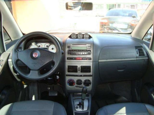 Fiat Idea 1.8 MPI Adventure Locker 4P 2010 - Foto 4