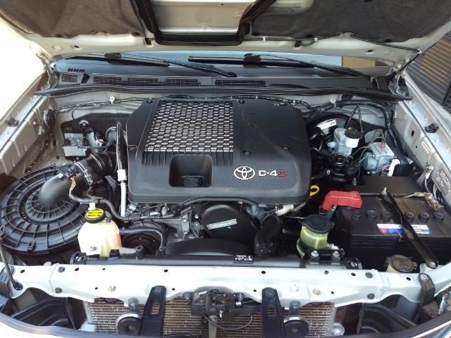 Hilux SRV 3.0 Aut Cab Dupla 4x4 Diesel 2013 - Foto 12