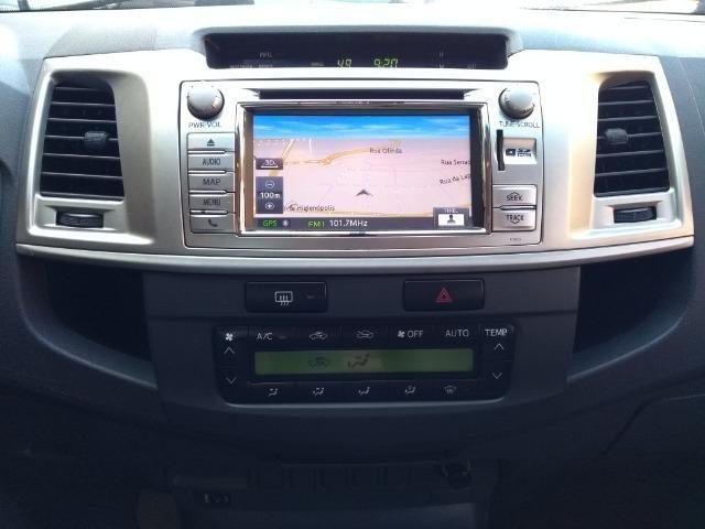 Hilux SRV 3.0 Aut Cab Dupla 4x4 Diesel 2013 - Foto 11