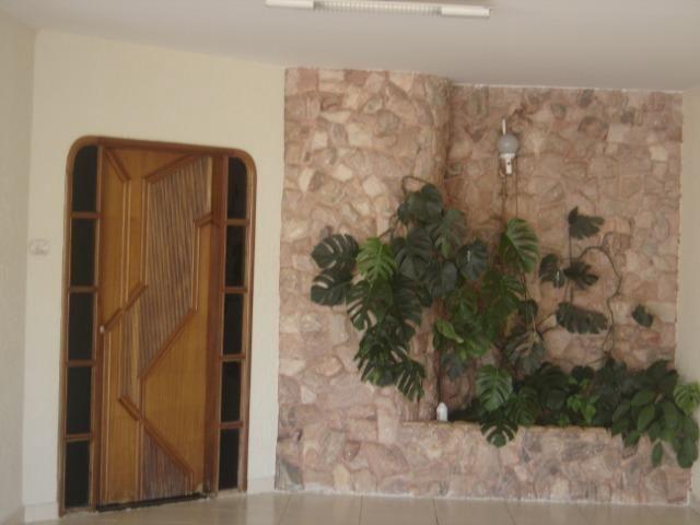 Casa Atlântico 4/4 sendo uma suíte ,Piscina com Cascata ,Sauna ,Churrasqueira - Foto 3
