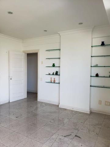 V-E-N-D-O - Bairro Calhau - 302 m2 - 4 Suites - Foto 7