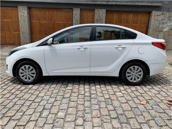 Hyundai Hb20s 1.6 comfort plus 16v flex 4p automático - Foto 4
