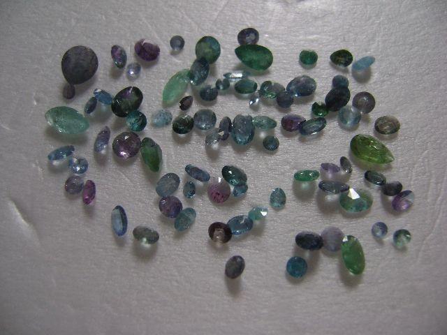 Lindo Lote Turmalinas Paraíba Elbaítas com 80 pedras Exclusivas