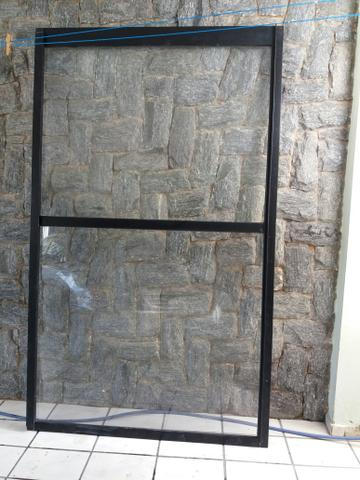 Vendo três portas de vidro pra sacada
