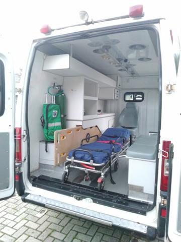Ambulância - Foto 7
