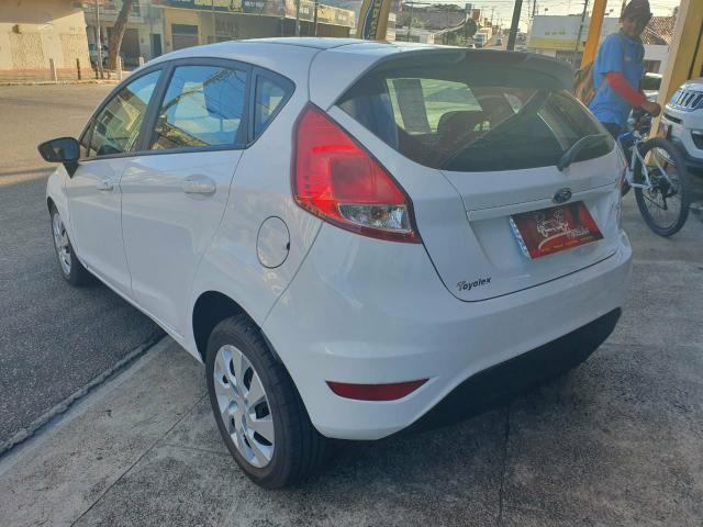 New Fiesta 2016 R$ 15.900 - Foto 7