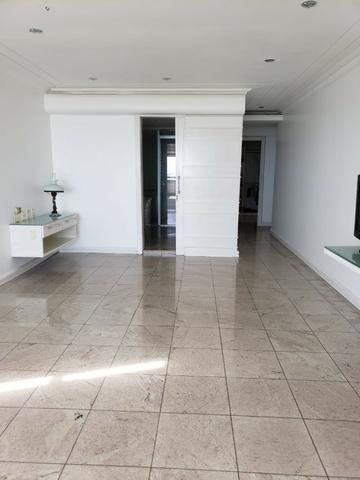 V-E-N-D-O - Bairro Calhau - 302 m2 - 4 Suites - Foto 6