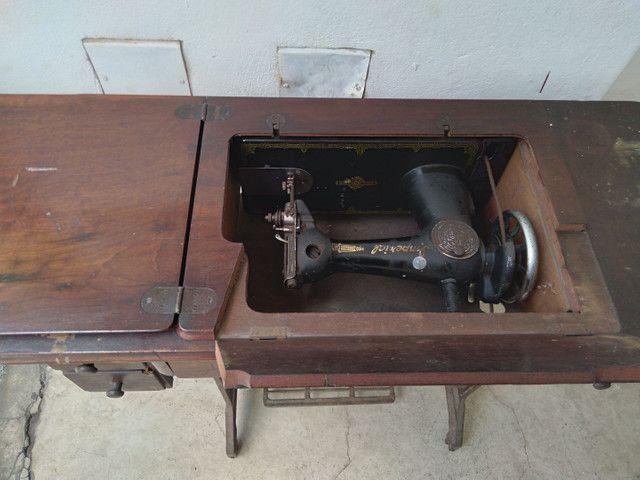 Máquina costura antiga Imperial  - Foto 4