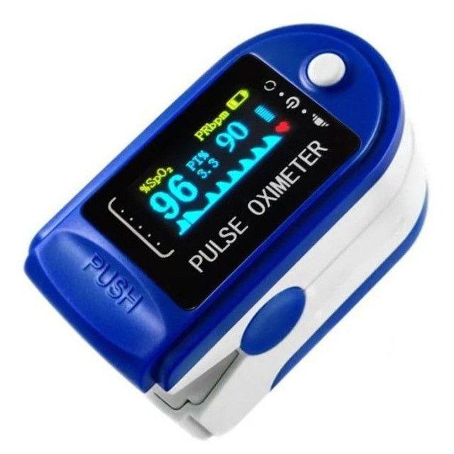 Oxímetro Medidor De Saturação e Frequência Cardíaca + 2 Pilhas AAA