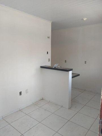 Apartamento com 1 quarto para alugar, 37 m² por R$ 320/mês - Maracanaú/CE - Foto 4