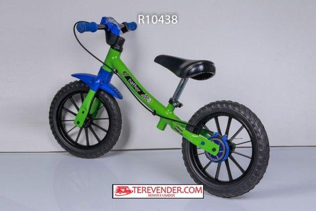 Bicicleta de equilibrio sem pedais