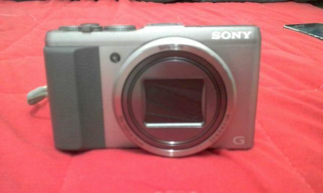 Câmera Semi Profissional Sony Dsc Hx-60v
