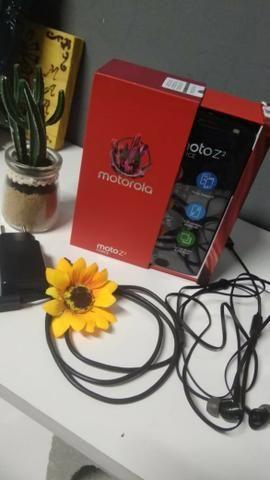Motorola z2 Force Edition semi-NOVO