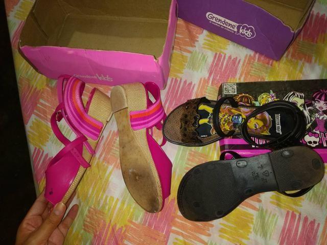 Vendo sandálias Infantil