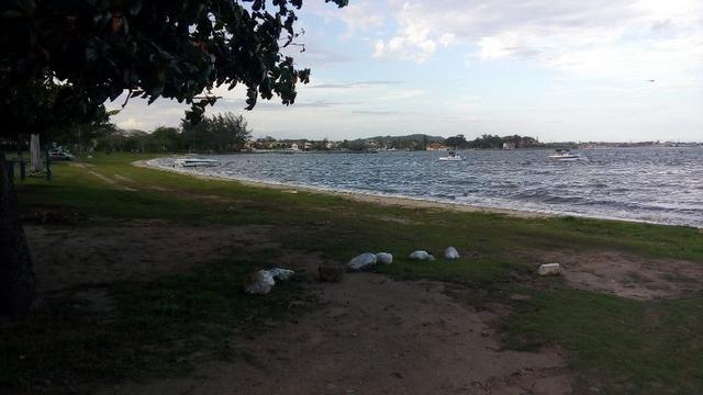Terreno plano na beira da Lagoa de São Pedro com vista espetacular na Praia da Tereza