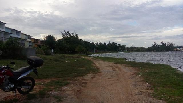 Terreno plano na beira da Lagoa de São Pedro com vista espetacular na Praia da Tereza - Foto 2