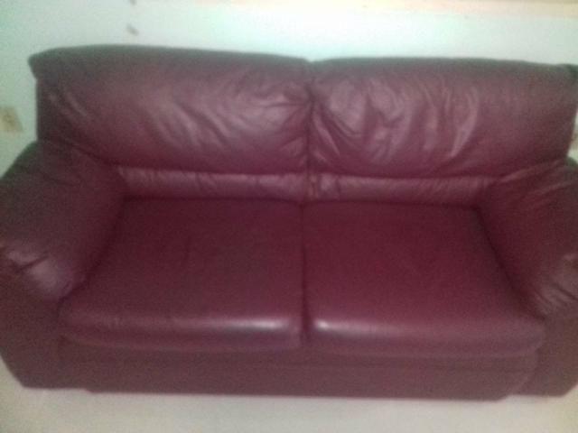 Vendo jogo de 2 sofás $350