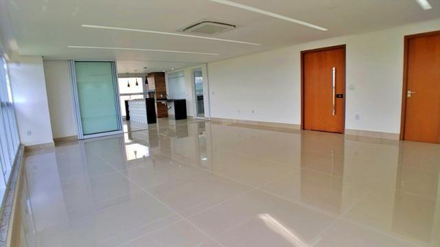 Apartamento 3 Suítes, 216 m², 1 por andar na 404 Sul - Urban Soberano