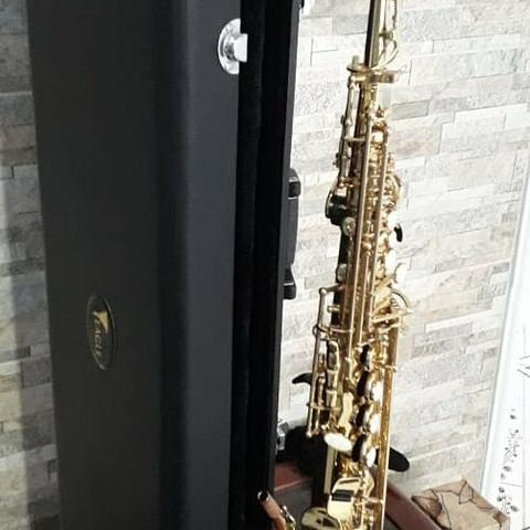 Sax soprano Eagle sp 502 novíssimo lindo