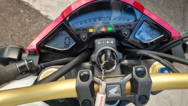 Honda CB 1000R 2013 apenas 21.712 km IPVA 2020 pago - Foto 11