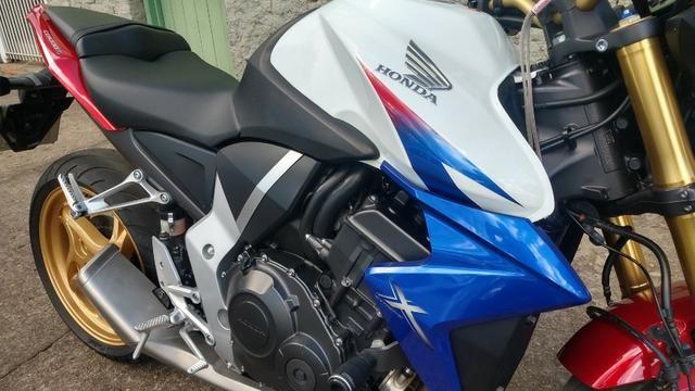 Honda CB 1000R 2013 apenas 21.712 km IPVA 2020 pago - Foto 2