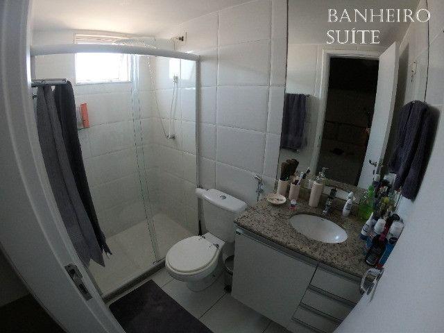 Apartamento 02 Quartos (1 suite) em Armação com 02 vagas de garagem - Foto 3